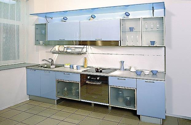 Кухня в зеленом цвете интерьер