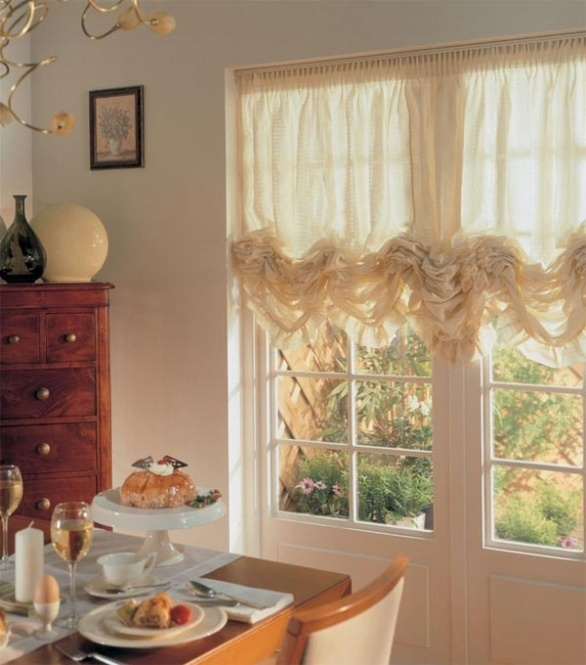 10 видов кухонных штор для кухни