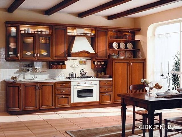 Кухня из дерева в интерьере